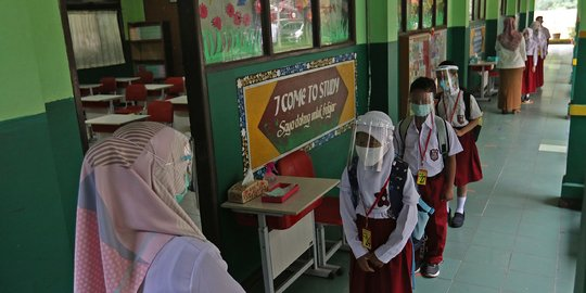 Langkah-Langkah Tindakan Dalam Membuka Kembali Sekolah Dengan Aman Di Masa Pandemi